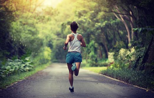Aktivitas Pada Sebuah Variasi Dan Kombinasi Lari